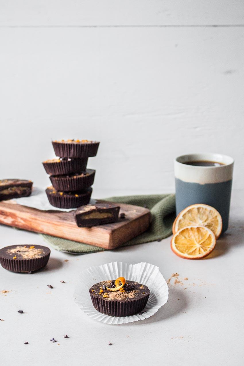 Schokoladen-Marzipan Cups vegan