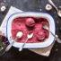 Veganes Brombeer-Acai Eis mit selbstgemachten glutenfreien und veganen Eiswaffeln