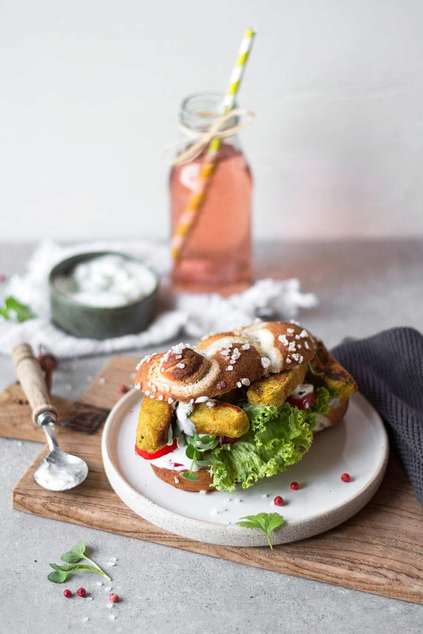 Falafel_Sandwich_hoch_2