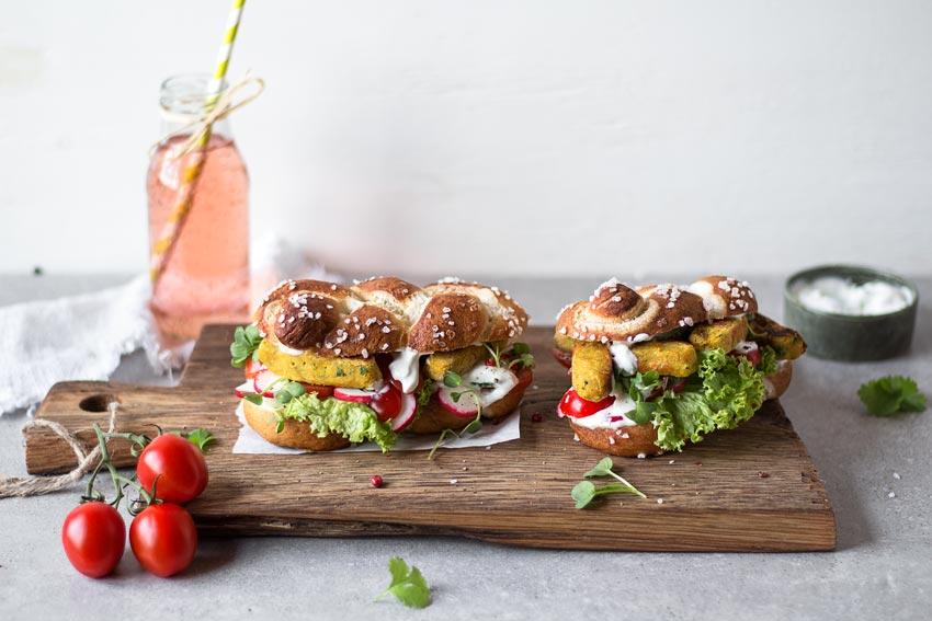 Falafel_Sandwich_quer_3