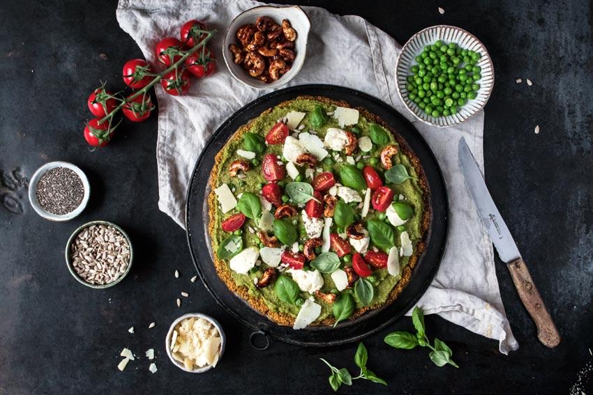 Kühlschrank Pizza Aldi : Glutenfreie pizza mit blumenkohl boden freiknuspern