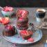 Schnelle Schoko-Erdbeer Muffins (glutenfrei & vegan) *mit Videoanleitung